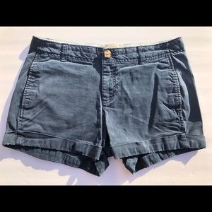 Old Navy Perfect Shorts size 6 regular.